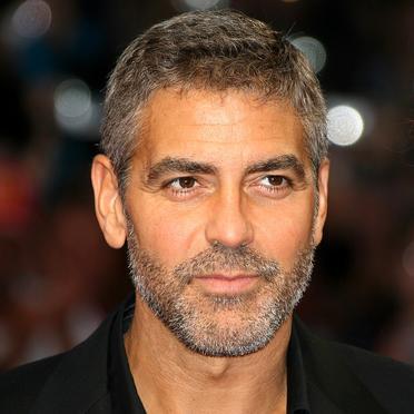 George Clooney, Steve Jobs'u canlandırabilir!