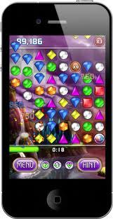 Apple'dan Facebook Üyelerine Bir Ücretsiz Oyun Daha: Bejeweled