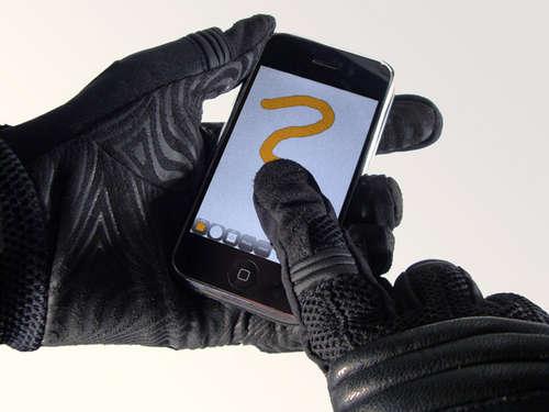 Hangi iPhone Uygulamaları Kişisel Bilgilerinizi Habersiz Alıyor