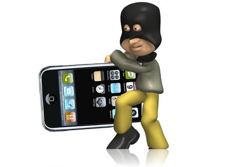 Dikkat: Metro'da iPhone'unuzu siz de böyle çaldırtmayın!